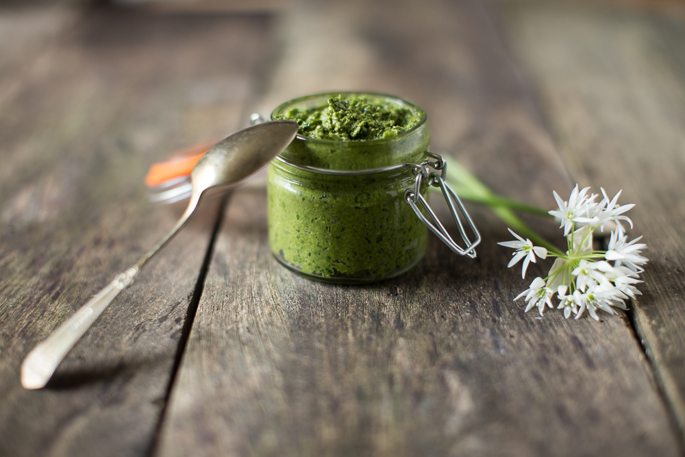 Wild_Garlic_Pesto_Recipe_7