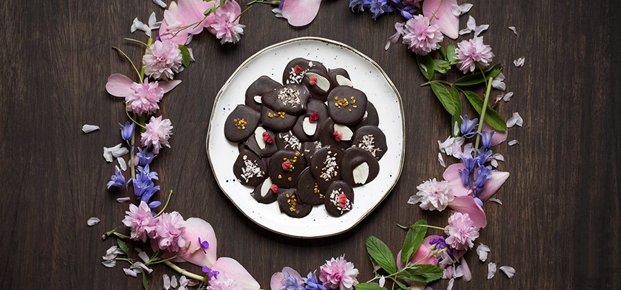 Raw Chocolate Buttons