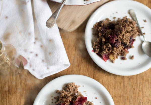 Gluten Free Blackberry Apple Crumble